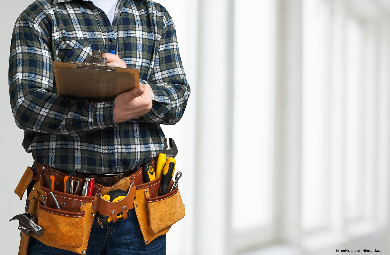 For Kansas City Builders: The Value of Pre-Wiring a Home for Security and Convenience
